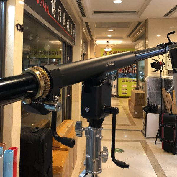 Aluminum Adjustable Tripod Boom Light Stand with Sandbag